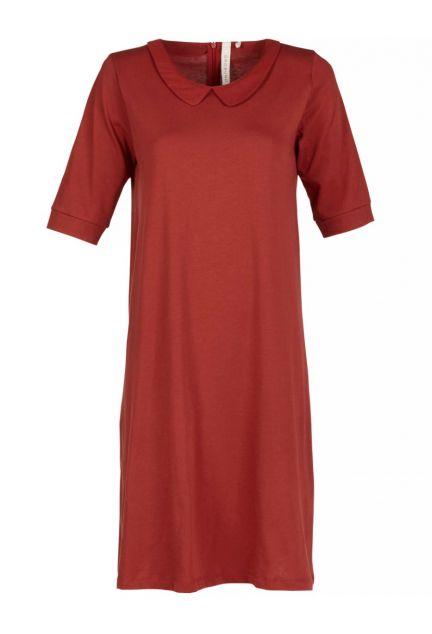 Kjolen - den med kraven i henna