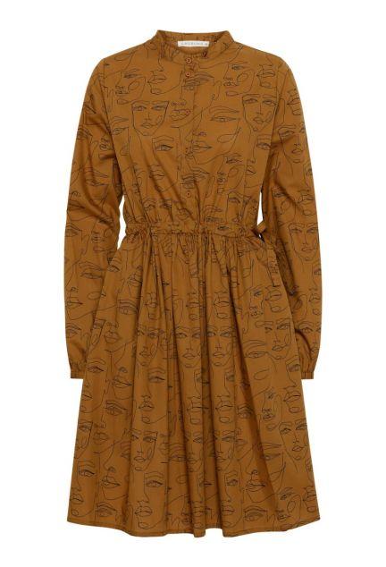 Kjolen - den med knapper i cognac