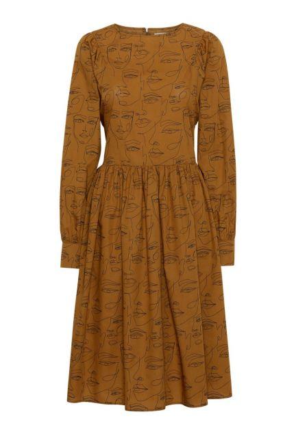 Kjolen - den med det brede bindebånd