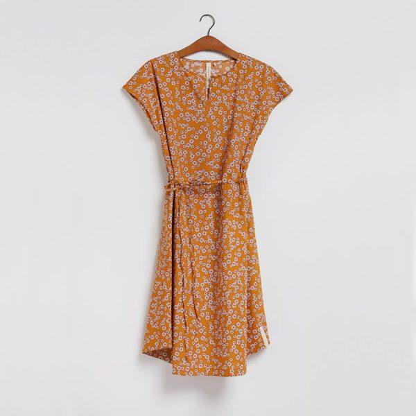Kjolen - den med bindebånd i gurkemeje fra GROBUND
