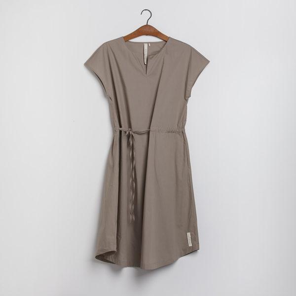 Kjolen - den med bindebåndet i moler