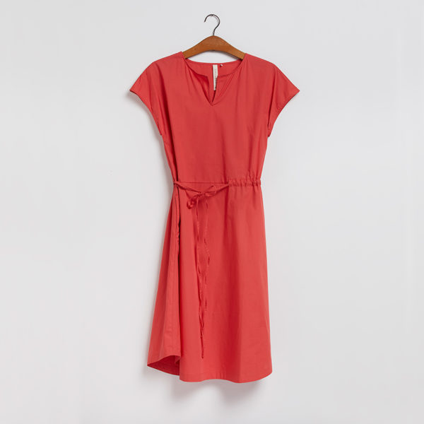 Kjolen - den med bindebånd i ribsrød fra GROBUND